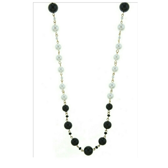 Noblesse Collection Jewelry - Mixed Bead Faux Black and White Pearl Necklace